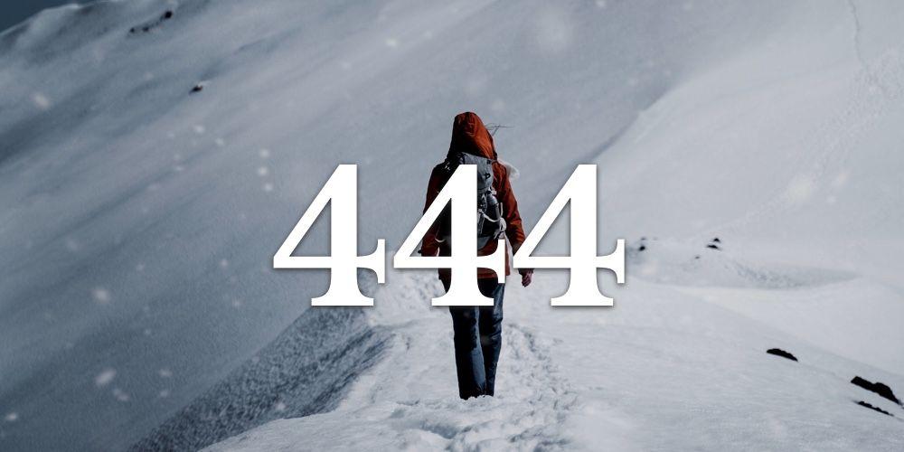 Numerologia do 444 - Você vê o 444 em Todo Lugar?